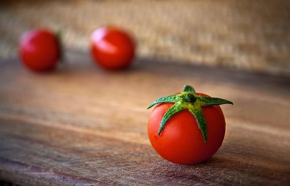 tomato-1205699_960_720